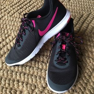 NIKE Running Shoes - Size 9
